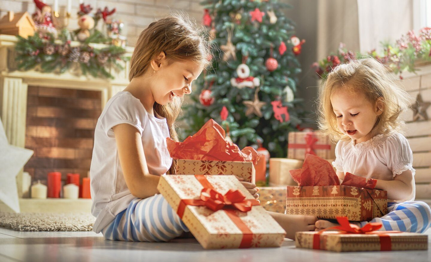 çocuklara hediye vermek